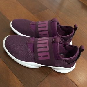 Puma Sneakers Purple